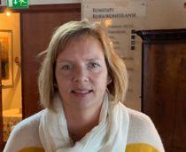 Beathe Sandvik Meland ønsker fast jobb som kommunedirektør i Frøya, etter halvannet år i stillingen. Foto: Privat
