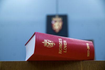 Totalt fem helsearbeidere bestrider sakligheten i oppsigelsene de fikk av Vegårshei kommune. Nå venter to rettssaker.
