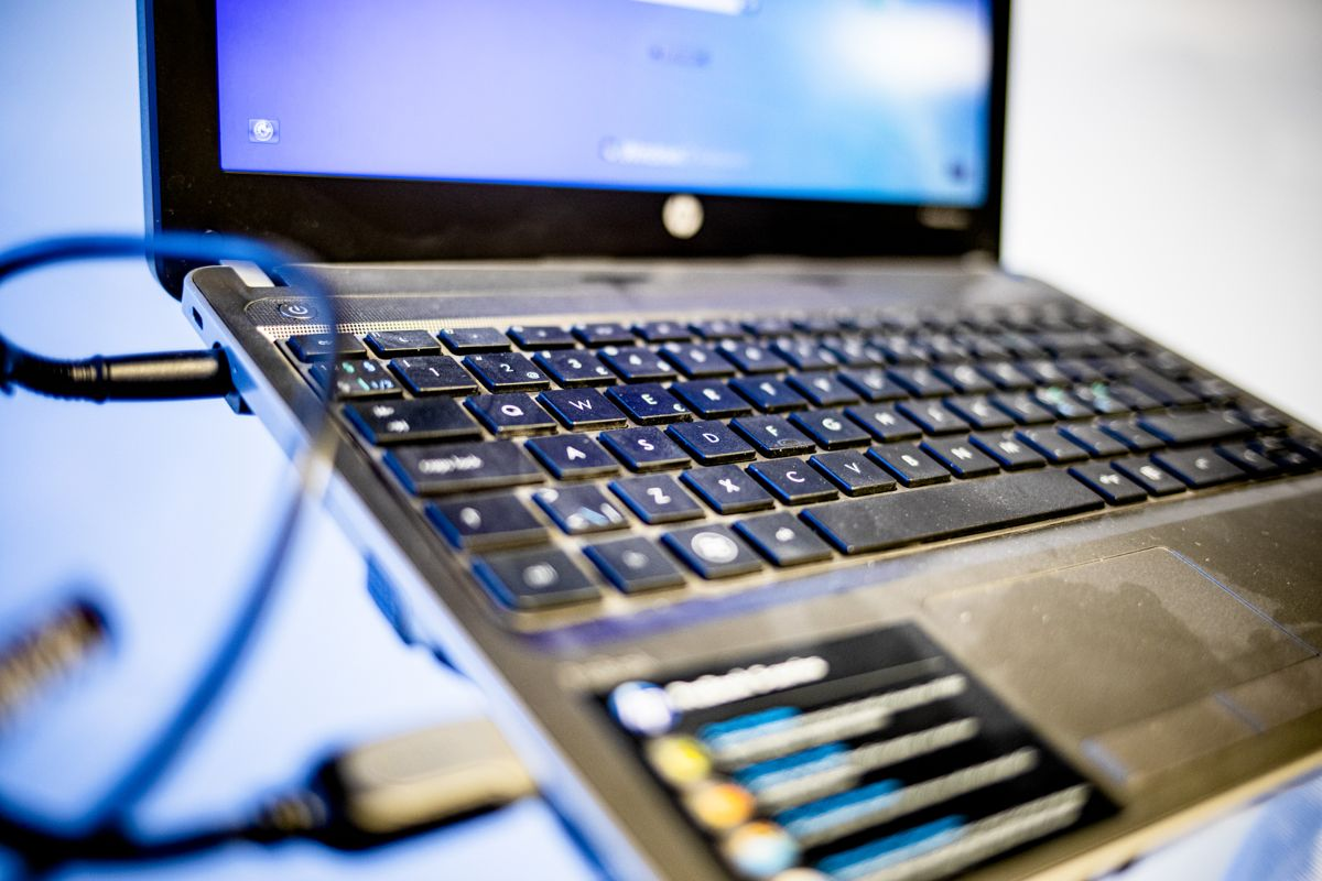 Hit, men ikke lenger: I skole/oppvekst og helse og omsorg svarer halvparten av ansatte i Seljord at de lagrer dokumenter på egen PC. Dermed havner de ikke i saks- og arkivsystemet, og heller ikke i arkivet. Foto: Magnus K. Bjørke