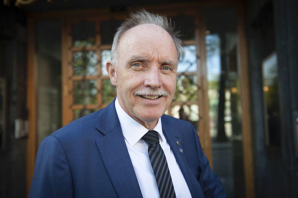 Sture Pedersen er opptatt av distriktspolitikk og hvordan man skal få mennesker og arbeidsplasser til Distrikts-Norge generelt og Bø spesielt.