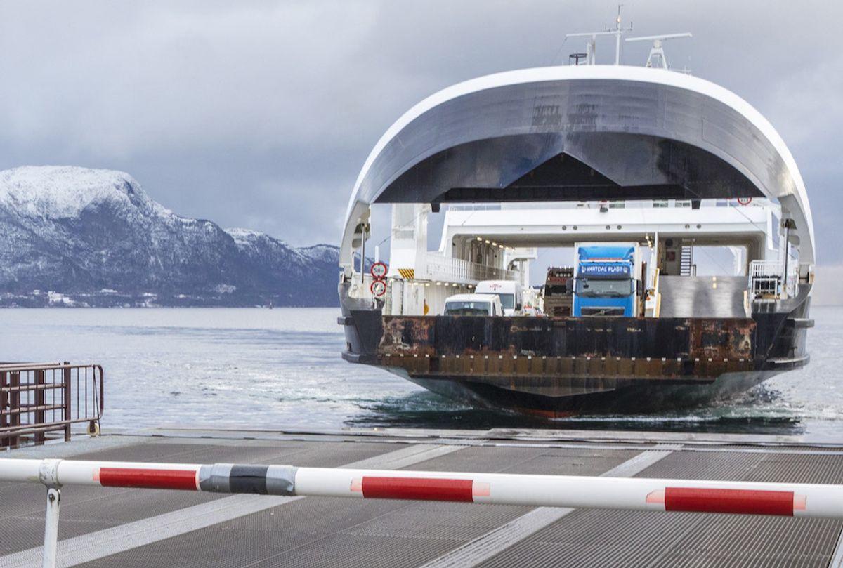 I Møre og Romsdal og flere andre fylker har det den siste tiden har vært protester mot økte ferjepriser. Foto: Ole Berg-Rusten, NTB scanpix