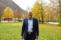 Audun Mo (Ap), ordfører i Lærdal, sier at vurderingen av søkernes grunner for anonymitet gikk litt for fort. Foto: Lærdal kommune