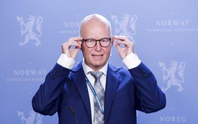 Helsedirektør Bjørn Guldvog og Helsedirektoratet minner, sammen med Folkehelseinstituttet og Utdanningsdirektoratet, om at rødt nivå i videregående skoler uansett studieretning ikke er det samme som hjemmeskoleFoto: Vidar Ruud, NTB