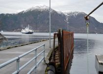 De store ferjefylkene mener de trenger mer penger for å håndtere det grønne skiftet. Fylkene har prioritert feil, mener Helge André Njåstad (Frp). Foto: Britt Glosvik
