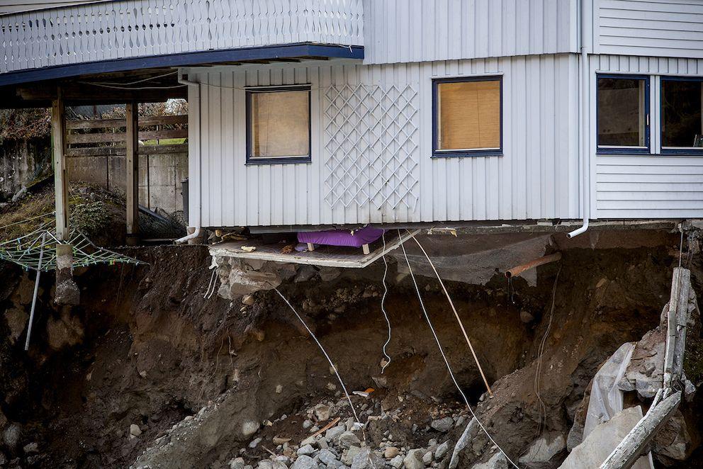 – Klimaendringene krever omfattende samfunnsendringer, sier KS-leder Bjørn Arild Gram. Bildet viser skader etter flommen i Odda i 2014.