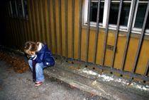<p>Kommuner og fylker advarer mot at det blir flere utsatte barn og unge jo lenger skolene og barnehager er stengt.</p>