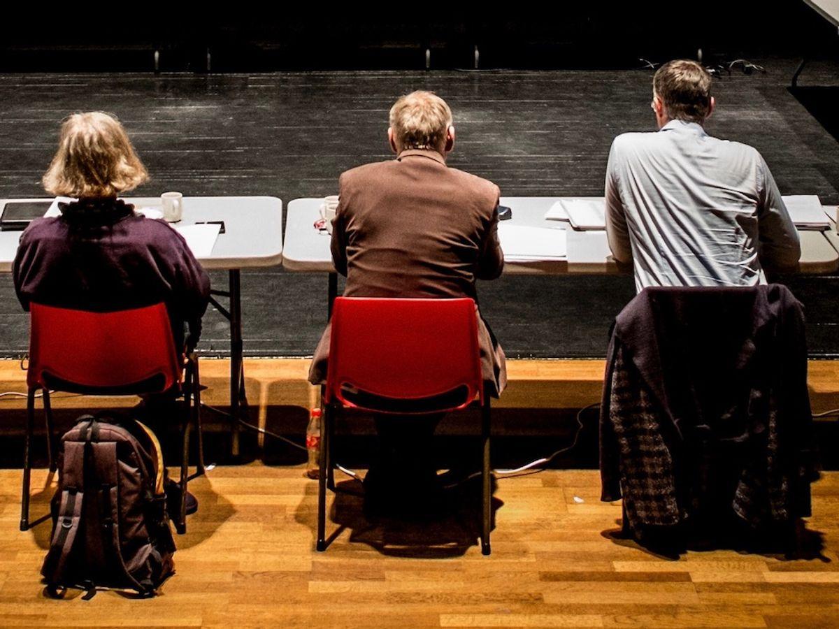 Lukkede møter er noen ganger nødvendig for at politikerne skal kunne diskutere fritt, mener Espen Leirset.