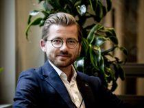 <p>Klima- og miljøminister Sveinung Rotevatn lover mer penger til grønne prosjekter i den grønne omstillingspakken som regjeringen presenterer fredag formiddag.</p>