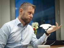 <p>Helseminister Bent Høie (H) understreker kommunenes ansvar i smittevernberedskapen.</p>