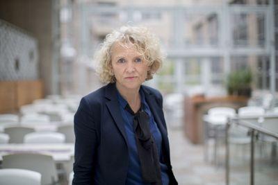 Direktør Mari Trommald i Bufdir mener ny hasteforskrift vil sikre tjenestene til familier og barn som er omfattet av barnevernstjenesten.