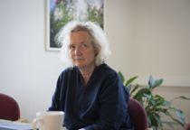 <p>Oppvekst- og utdanningsdirektør i Trondheim, Camilla Trud Nereid, er klar på at de negative konsekvensene av stengte barnehager og skoler nå er for store og for negative veid opp mot å åpne barnehager og skoler igjen.</p>