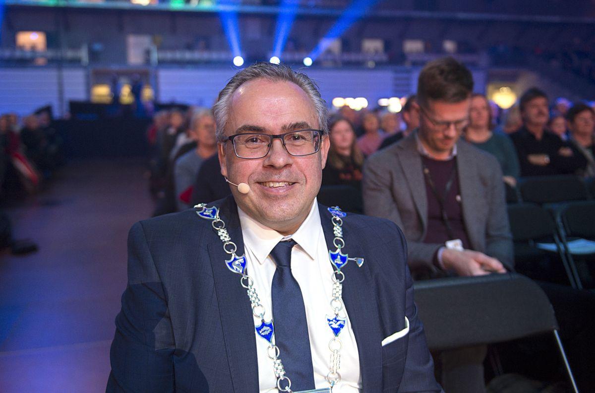 Ordfører Tom Georg Indrevik (H) i Øygarden gleder seg over at stortingsflertallet lover en beslutning om CO₂-fangst og lagring i statsbudsjettet for neste år. Alt er gjort klart for at byggingen av mottaksanlegget kan starte over nyttår, sierhan.