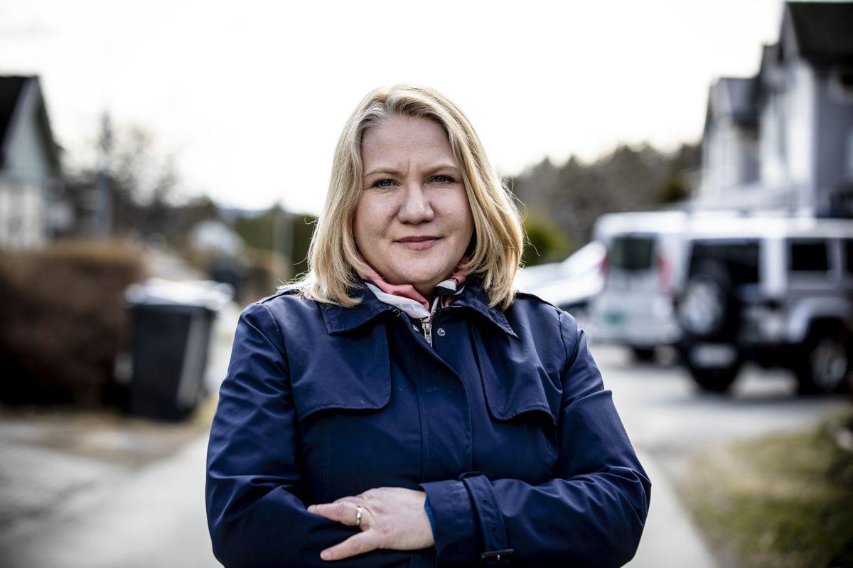Avdelingsdirektør Kristin Holm Jensen i KS sier at en del barnehager er nødt til å redusere åpningstiden i barnehager for å møte smittevernkrav.