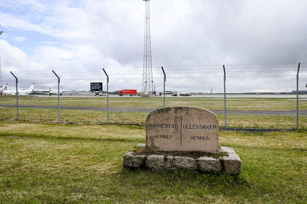Nannestad og Ullensaker er vertskommuner for Oslo Lufthavn. Begge kommunene sliter for tiden med høy arbeidsledighet og vil trenge all den hjelpen de kan få.