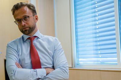 – Det er overraskende at så mange ordførere mener overføringene ikke samsvarer med det de ble forespeilet før reformen. Det hadde vært interessant å vite hvilke løfter de mener ikke er fulgt opp, sier kommunalminister Nikolai Astrup (H).