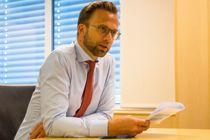 <p>Kommunalminister Nikolai Astrup forsikrer at arbeidet med å analysere koronakostnadene for kommunesektoren prioriteres, selv om arbeidsgruppen ikke har hatt noen fysiske møter så langt.</p>