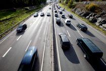 <p>Oslo-regionen er tungt belastet med gjennomgangstrafikk. Avgiftssystemet bør stimulere til at gods fraktes med tog og skip, skriver Øyvind Såtvedt.</p>