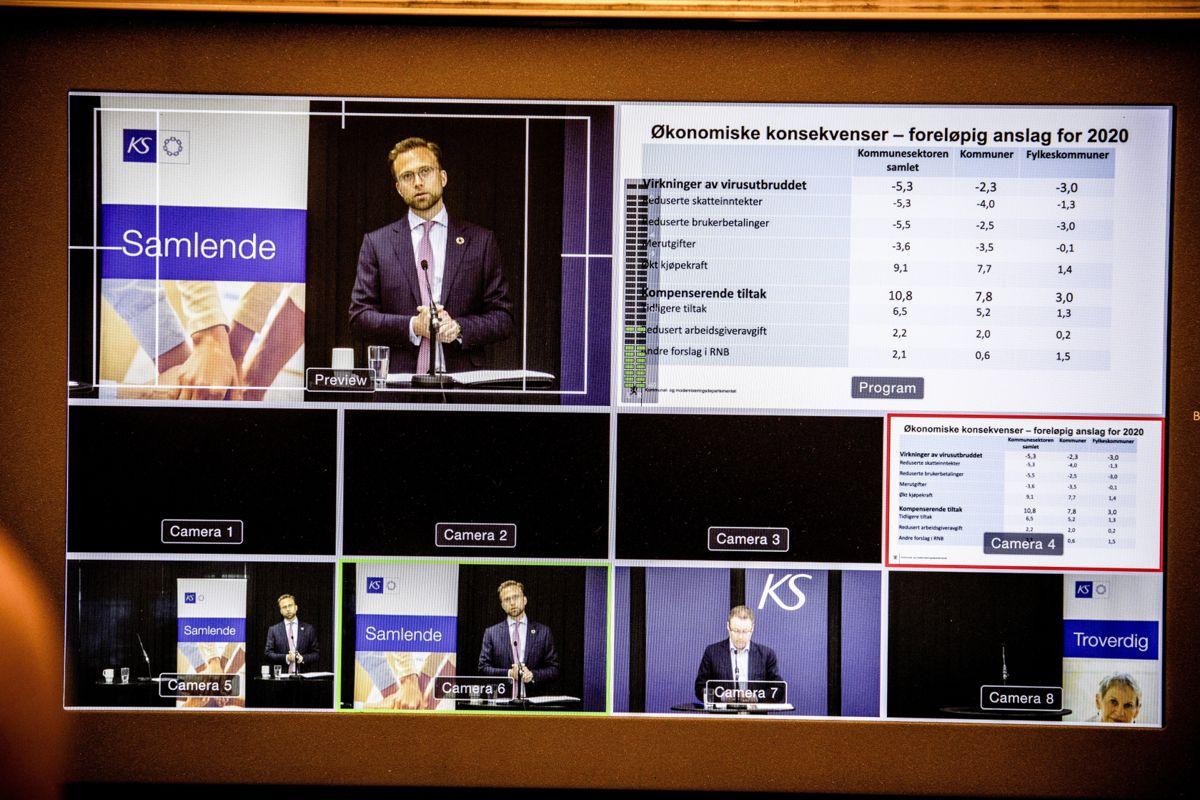 Kommunal- og moderniseringsminister Nikolai Astrup og styreleder Bjørn Arild Gram i KS møtte kommuneledere fra hele Norge via nett og fikk høre hva de er bekymret for.