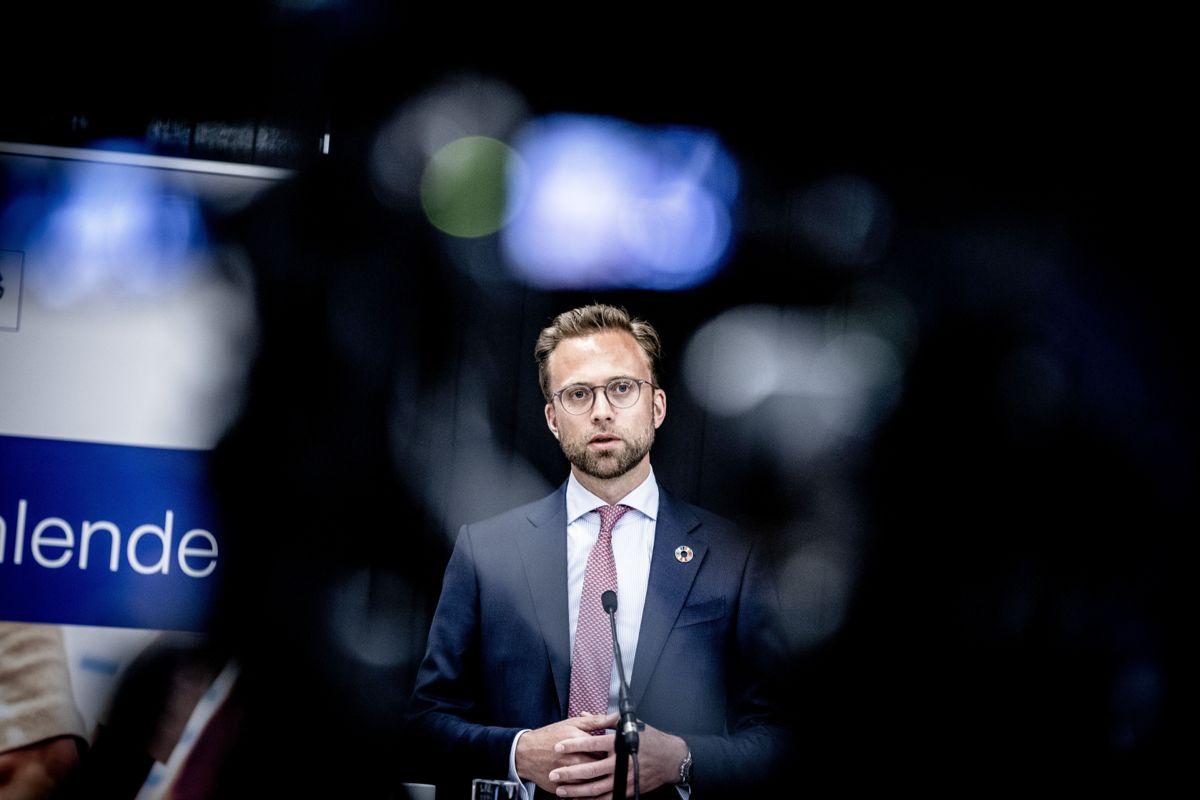 Kommunalminister Nikolai Astrup (H) fikk klare tilbakemeldinger fra kommunene da han stilte til videomøte hos KS dagen etter at revidert budsjett ble lagt fram.