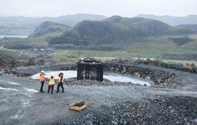 Motvind Norge gikk til Jæren tingrett med krav om at tingretten gjennom en midlertidig forføyning skulle stanse utbyggingen Vardafjellet vindkraftverk i dette området i Sandnes kommune. Det sa tingretten nei til.