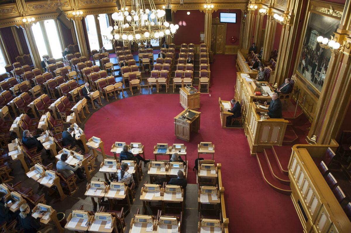 Et hasteforslag i Stortinget som Raymond Johansen mener kunne ha hjulpet mange av dem som nå står uten jobb i Oslo, får ikke flertall.