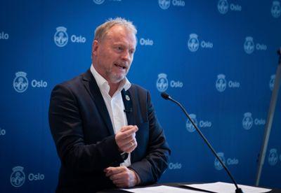 – Jonas Gahr Støre er Arbeiderpartiets leder, og vår statsministerkandidat foran valget til høsten. Det støtter jeg, sier Raymond Johansen.