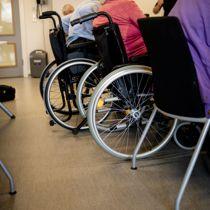 <p>En dansk fjernsynsdokumentar om behandlingen av en eldre, dement kvinne i Aarhus ble først stanset, men skal nå vises.</p>