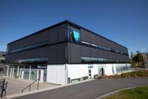<p>Kommunestyret i Austevoll fikk fredag formiddag lese rapporten fra advokatfirmaet Thommessen i forbindelse med varslingen mot rådmann Bjarte Madsen.</p>