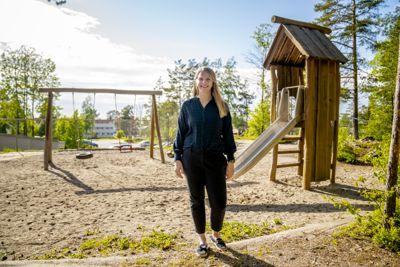 Barne- og familieminister Ida Lindtveit Røse (KrF) vil ha det kommunale barnevernet tilbake i full drift.