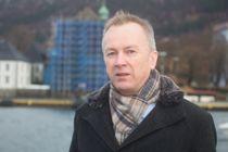 <p>Rådmann Bjarte Madsen i Austevoll har kommunestyrets fulle tillit.</p>