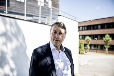 – Det er viktig også å ta vare på mennesket Hilde Thorkildsen, sier fungerende ordfører Inge Solli (V) i en kommentar til at Økokrim har tiltalt ordføreren for grov korrupsjon.