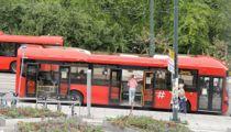 <p>På denne bussen er det god plass, men etter sommerferien kan det bli langt trangere på bussen noe som kan gjøre det vanskelig å overholde smittevernreglene.</p>