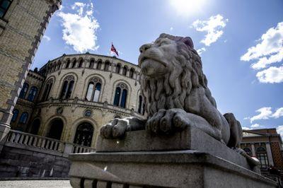 Stortinget bør la kommunene beholde sin viktige rolle i smittevernloven når de reviderer loven, mener Jan Inge Krossli.
