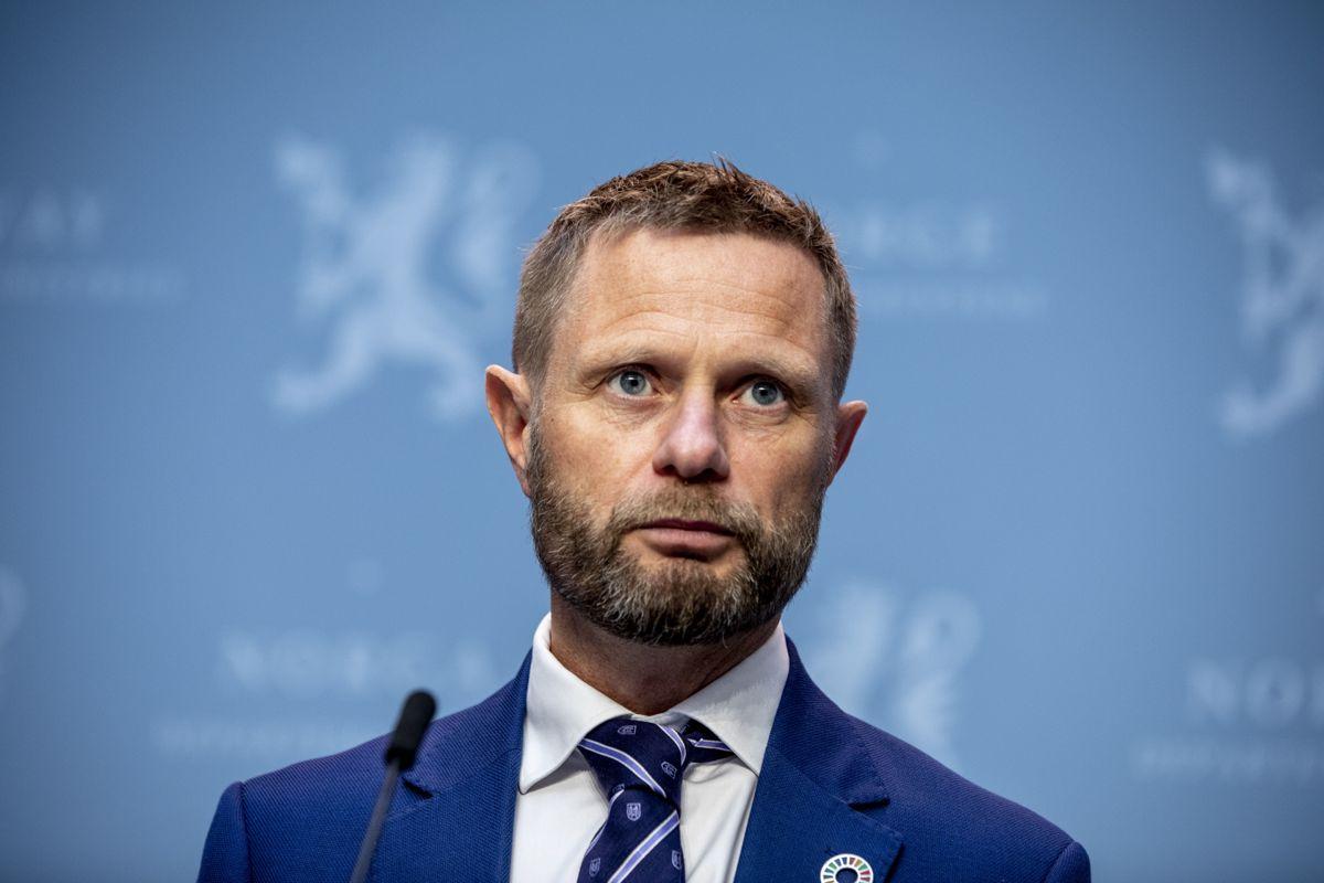 Helse- og omsorgsminister Bent Høie (H) talte til førstelinjen i kommunene på en digital helsekonferanse i dag.