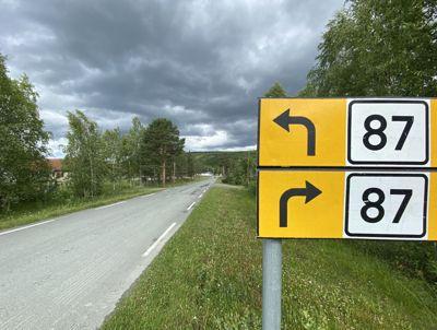 Det blir mer penger til vedlikehold av fylkesveiene etter forhandlinger i Stortinget.