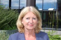 <p>Direktør Christine Bergland i Direktoratet for e-helse forsvarer kommuner som har signert støtteerklæringen for Akson og tilbakeviser kritikk fra eksterne konsulenter som har evaluert Akson-planene.</p>