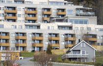 <p>I løpet av høsten legger regjeringen fram en stortingsmelding om boligpolitikk. Kommunene spiller en viktig rolle i det boligsosiale arbeidet.<i><br></i></p>