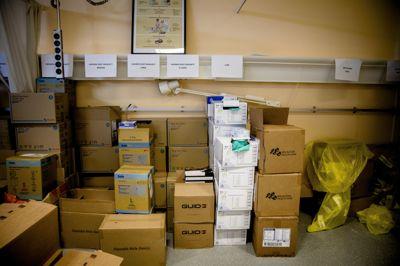 Nokså like kommuner har brukt ulike beløp på kjøp av smittevernutstyr.