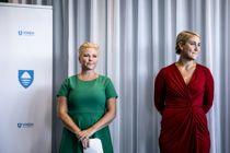 Fylkesråd for klima og miljø i Viken, Anne Beate Tvinnereim (Sp), og fylkesrådsleder Tonje Brenna (Ap) under dagens pressekonferanse.