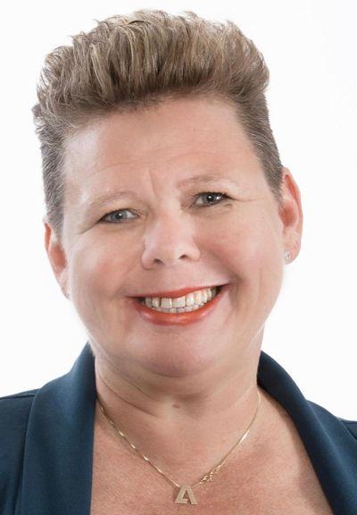 Fylkesrådet i Viken, med fylkesråd for utdanning og kompetanse Siv Henriette Jacobsen (Ap) i spissen har vedtatt at elevene i fylket i hovedsak skal gå på sin nærskole.