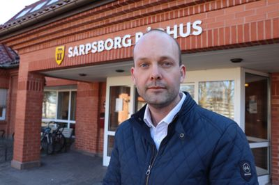 – Vi ser at smittesituasjonen forverrer seg nesten fra time til time, og derfor må vi ta disse grepene, mener ordfører Sindre Martinsen-Evje (Ap) i Sarpsborg.