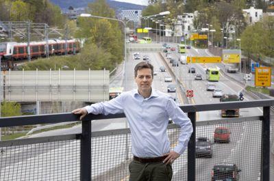 Samferdselsminister Knut Arild Hareide mener at etterslepet på vedlikeholdet av fylkesveiene er en «reell utfordring», men at han ikke har en løsning på problemet ennå.