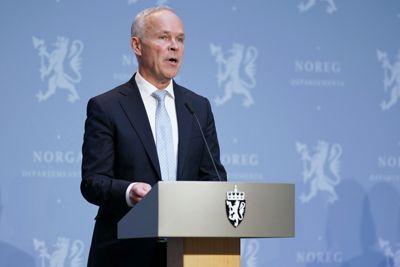 Finansminister Jan Tore Sanner (H) la fram nye økonomiske tiltak mot koronakrisen mandag. Om knappe to uker legger han fram statsbudsjettet for 2021.