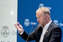 <p>Byrådsleder Raymond Johansen (Ap) i Oslo orienterer pressen om nye koronatiltak mandag kveld.</p>