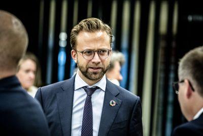 Kommunalminister Nikolai Astrup (H) og KS-leder Bjørn Arild Gram (t.h.) er uenige om virkelighetsbeskrivelsen av kommuneøkonomien.