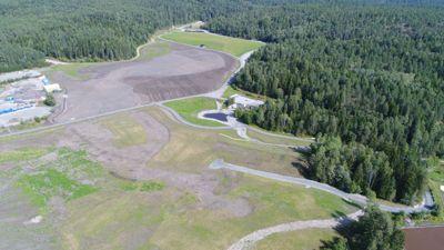 Grønmo har vært Oslo kommunes hoveddeponi for avfall fra 1969- 2007. De grønne områdene er tenkt som flerbrukspark, og skal være tilgjengelig for allmennheten.