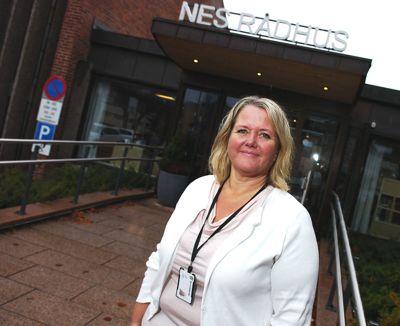 Ordfører Grete Sjøli i Nes, er glad for hver dag kommunen har kontroll over smitten.