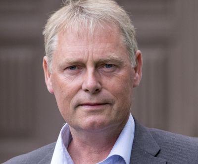 Smitterekorden gjorde at kommunedirektør Morten Wolden kalte inn kriseledelsen til et statusmøte tirsdag formiddag.