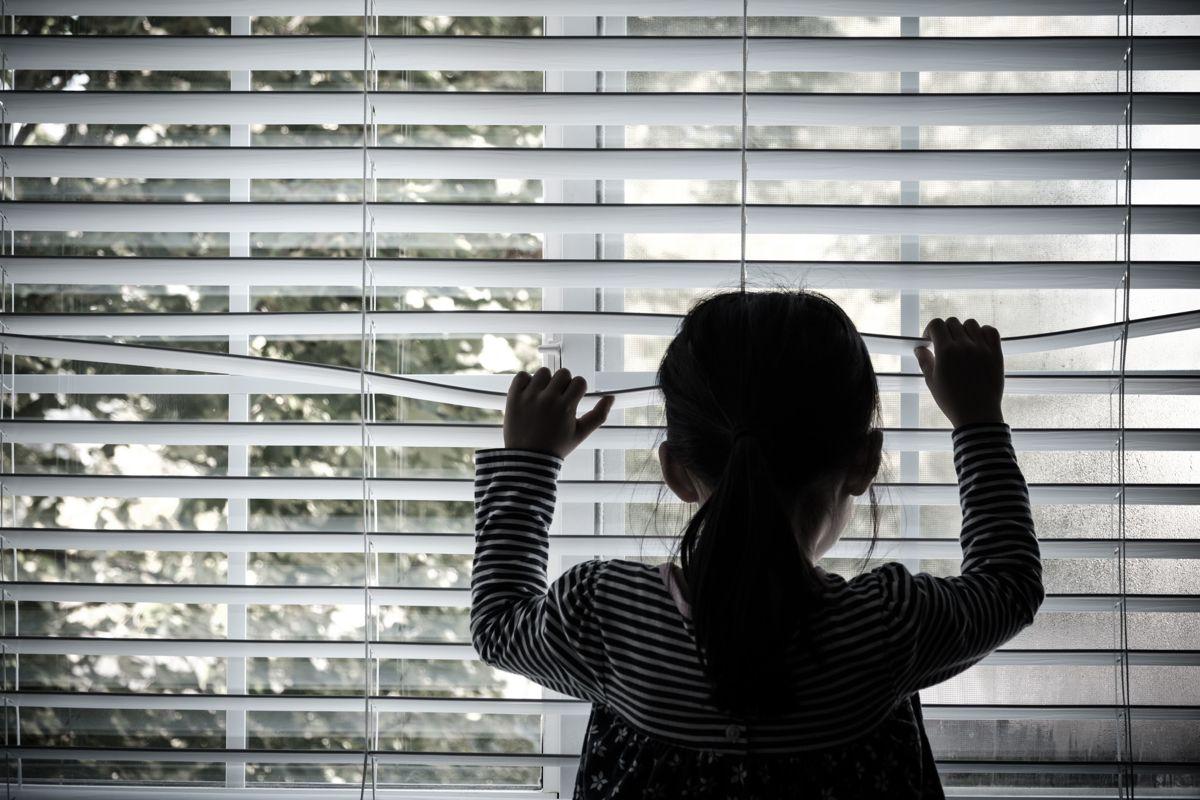 Barnevernets arbeid handler ikke utelukkende om å forvalte et lovverk, men om å møte barn og familier som lever i vanskelige livssituasjoner med faglig forståelse og etisk bevissthet, skriver Mimmi Kvisvik og Ole Henrik Kråkenes.