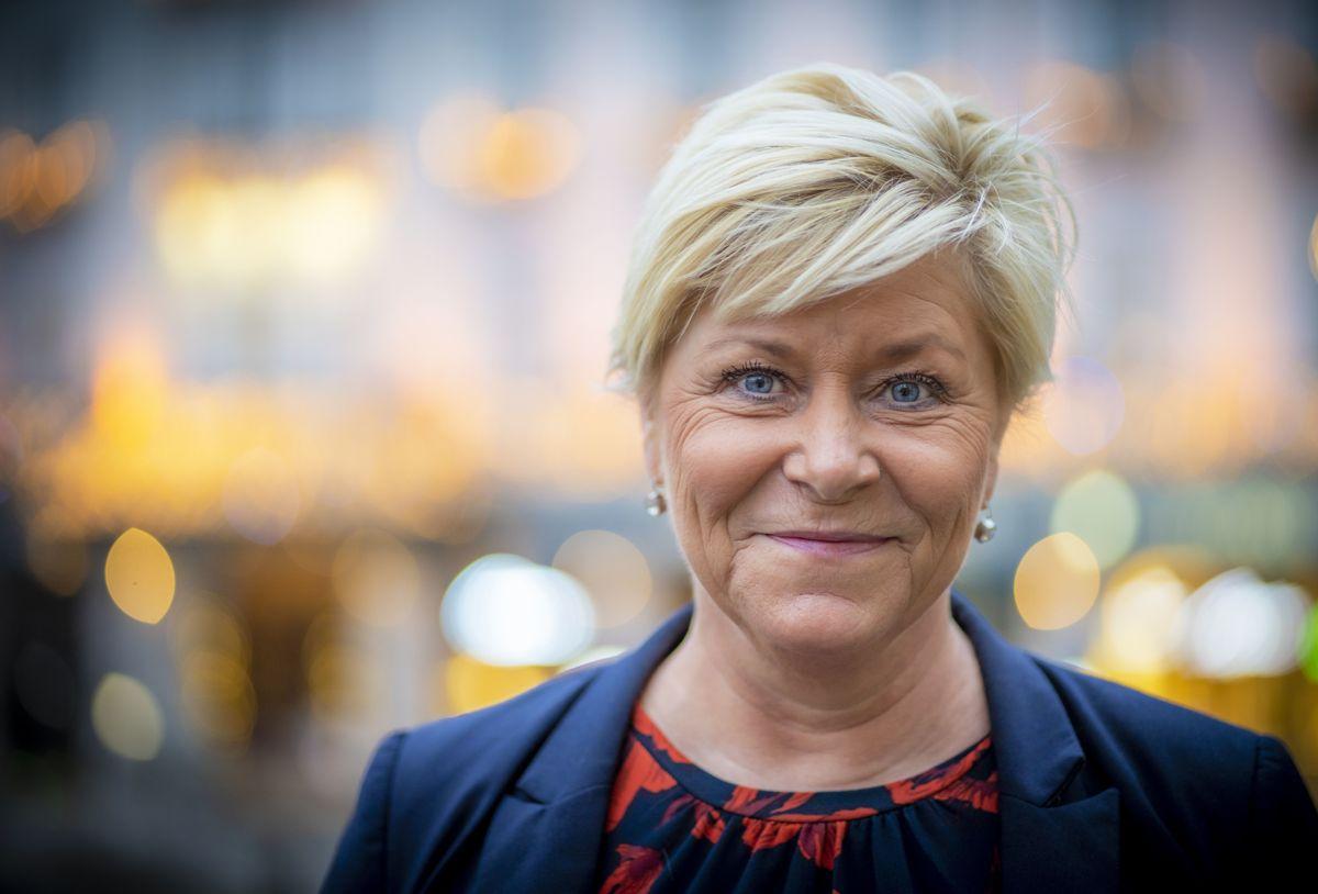 Leder Siv Jensen og Frp har hatt fått drøyt 1.500 flere medlemmer i løpet av det første året utenfor regjeringskontorene.